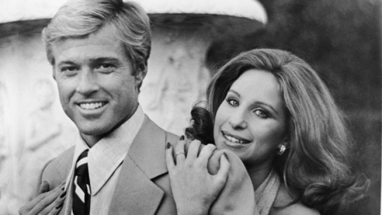 Какими мы были, режиссер Сидни Поллак, Барбара Стрейзанд и Роберт Редфорд, 1973 г 0.y2gmp5ginjclbsns8l6ry66r-The_Way_They_Are__Barbra_Streisand_and_Robert_Redford_Reunite_
